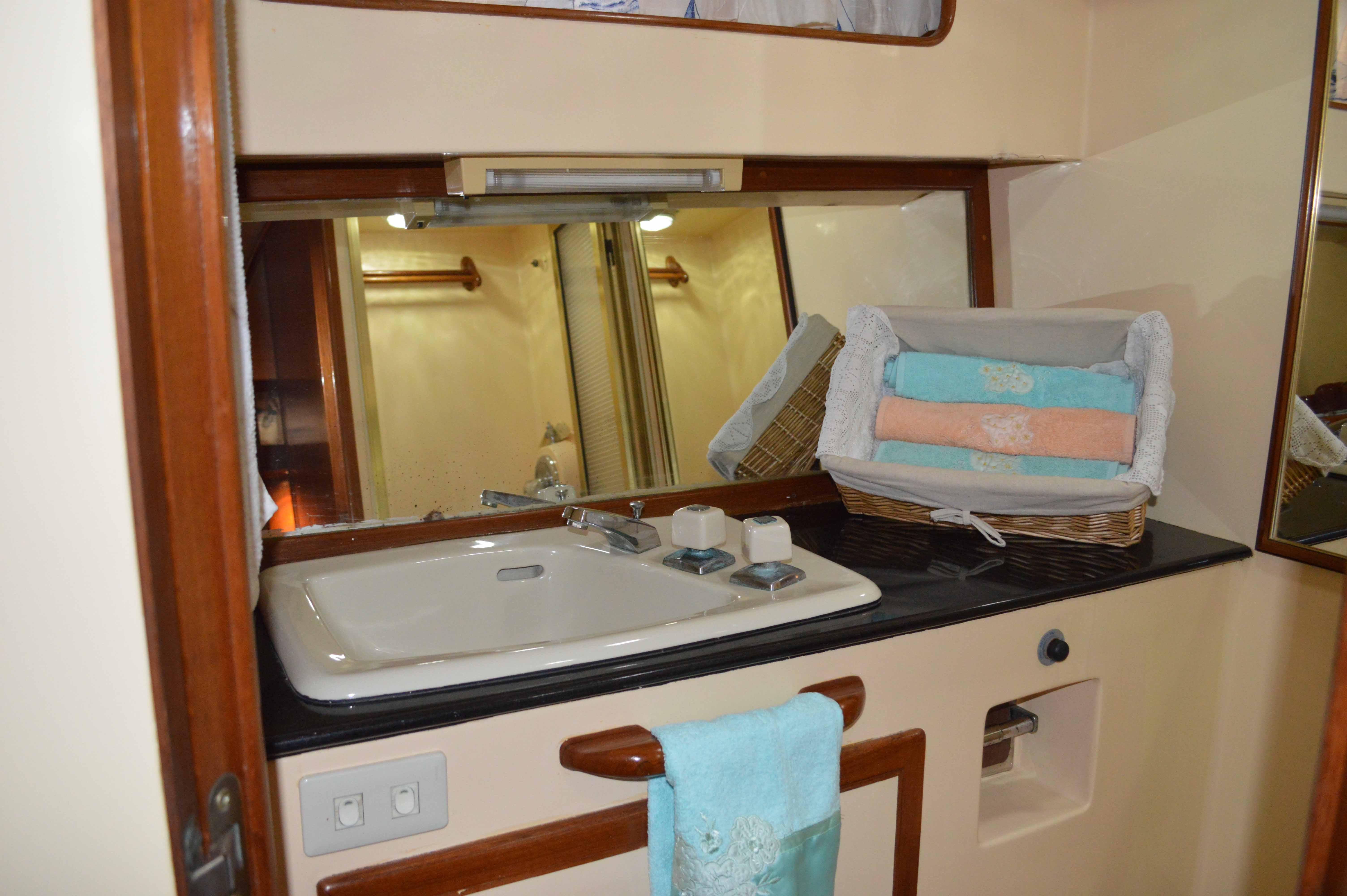 VIP Boat